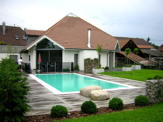 Piscine traditionnelle pool68 sadifel piscines et bien for Habsheim piscine